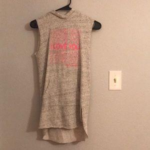 A mostly gray dress,